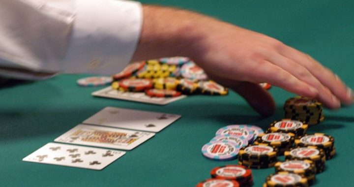 Why you should play poker games in online