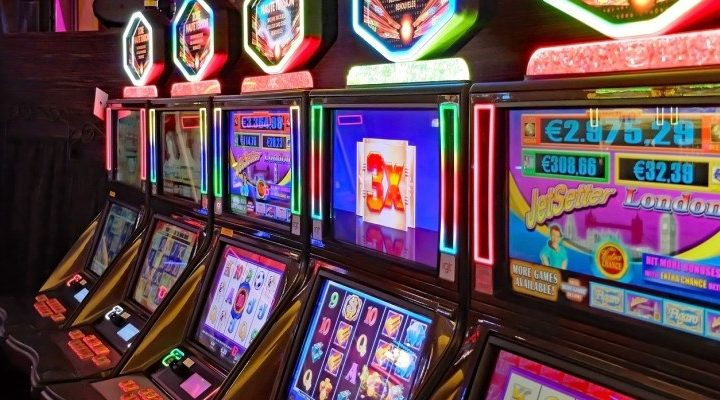 What are the benefits of playing slot games for players?