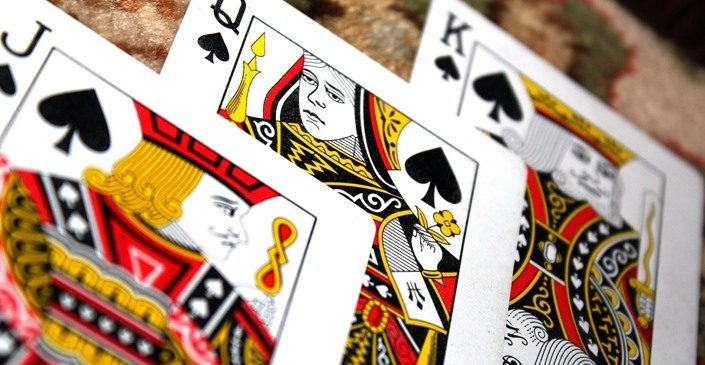 A Brief Guide To Direct You In Your Virtual Card Game Deals – READ HERE!
