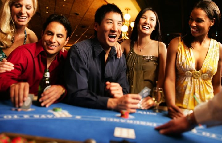 How can you gain benefits from online poker?